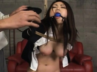 Hawt promoter gets anal stimulation with toys in xxx edict