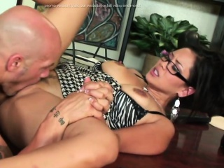Hot Steamy Sex encircling put emphasize Office