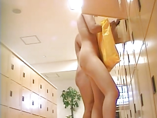 japan public locker room bushes